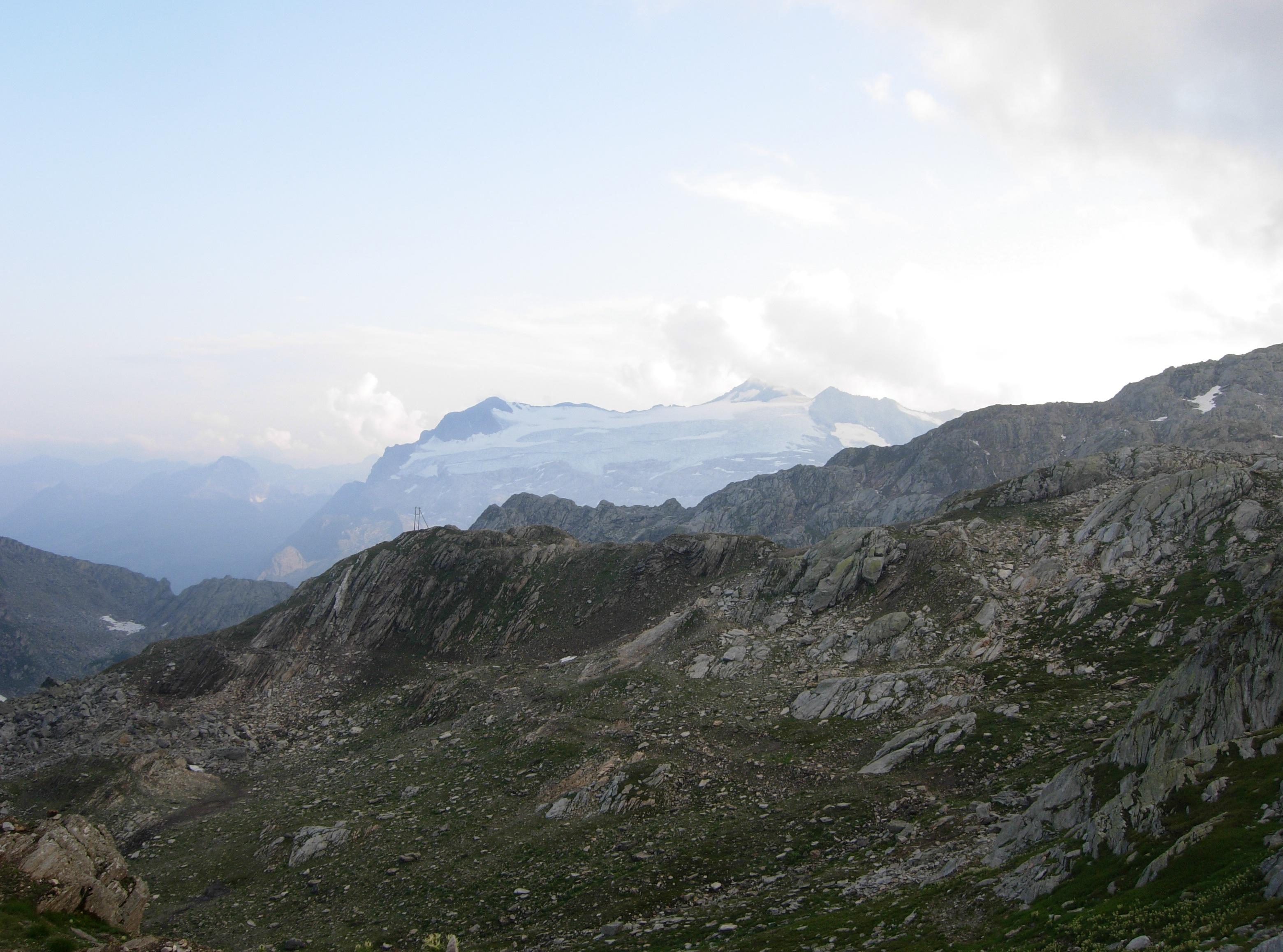 Il ghiacciaio del Basodino visto dalla Capanna Cristallina